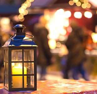 Gourmand walk with lanterns