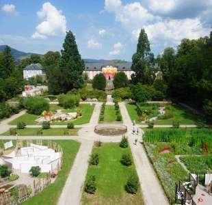 The festival of blended gardens